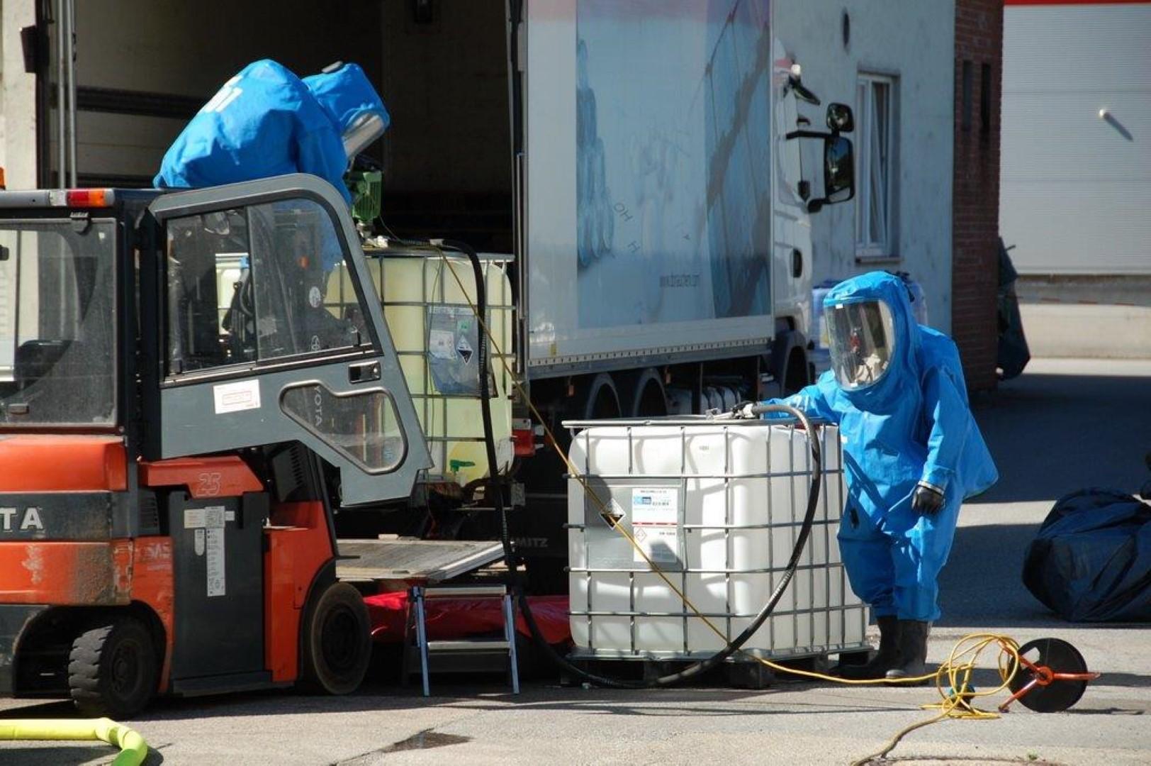2017.09.14. Schadstoffeinsatz Molkerei Pöggstall (46) (Large)