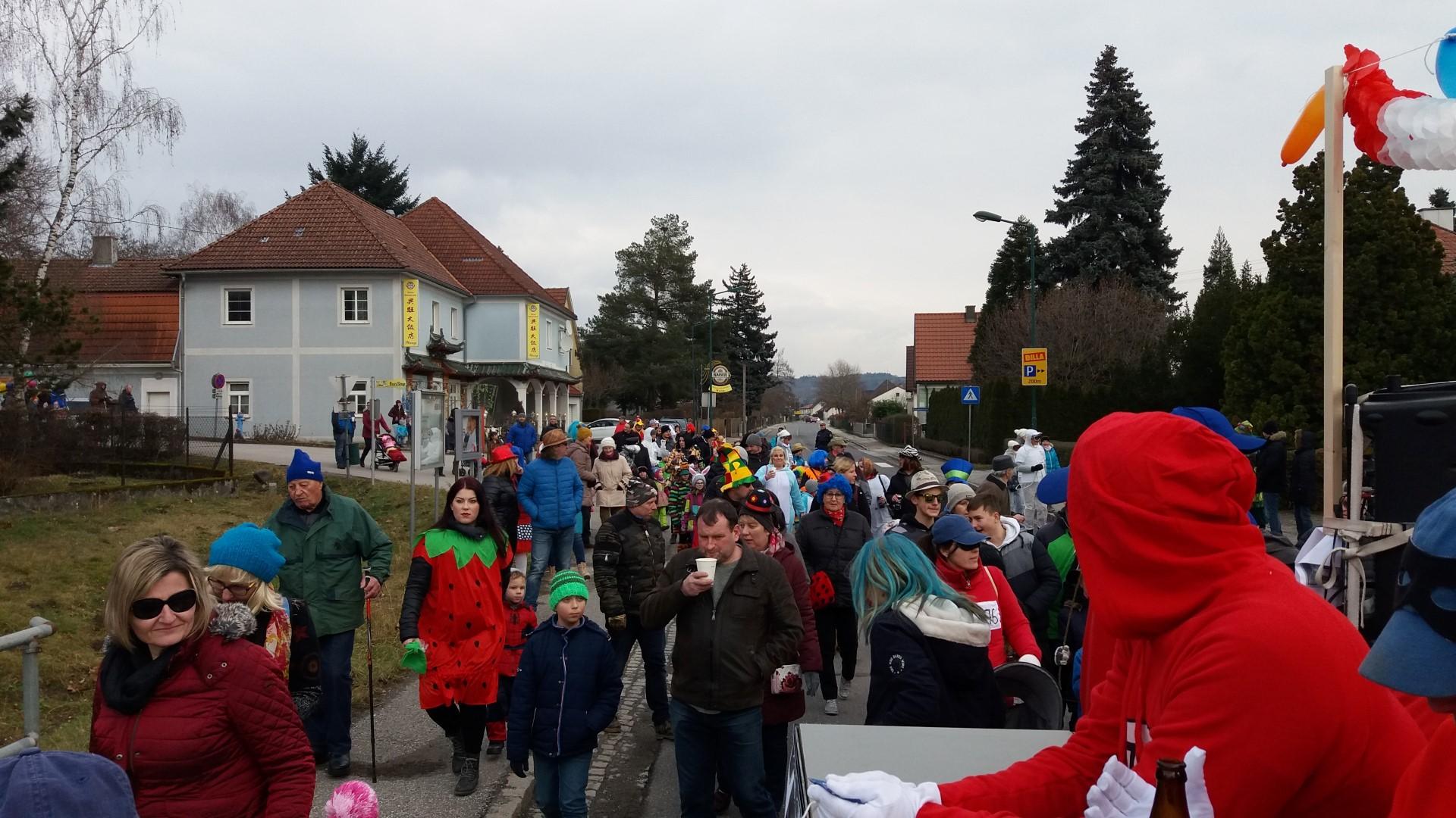 2018.02.13 Faschingsumzug Persenbeug (12) (Large)