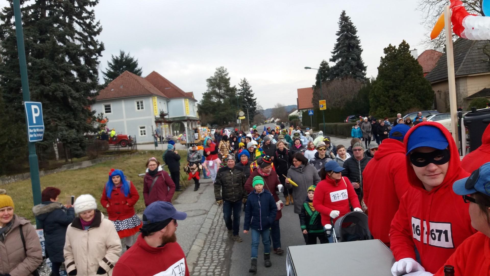 2018.02.13 Faschingsumzug Persenbeug (14) (Large)