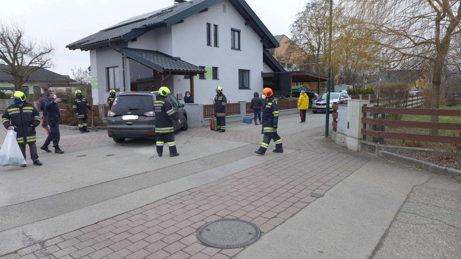 2020.12.18.-Fahrzeugbrand-bze.-technischer-Einsatz-3