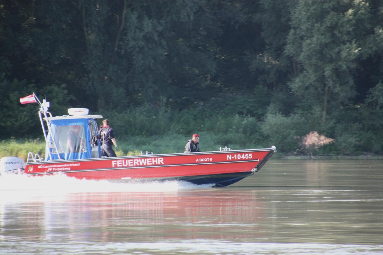 Ausbildungsprüfung-Feuerwehrboote-in-Bronze-11-Groß
