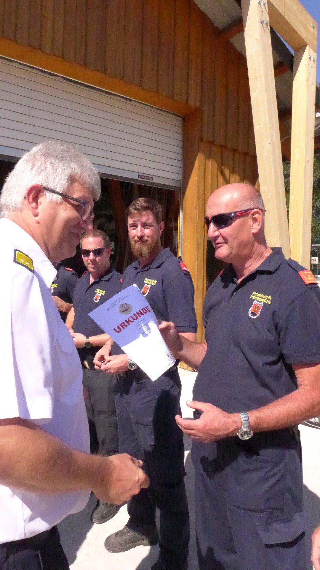 Ausbildungsprüfung-Feuerwehrboote-in-Bronze-22-Groß
