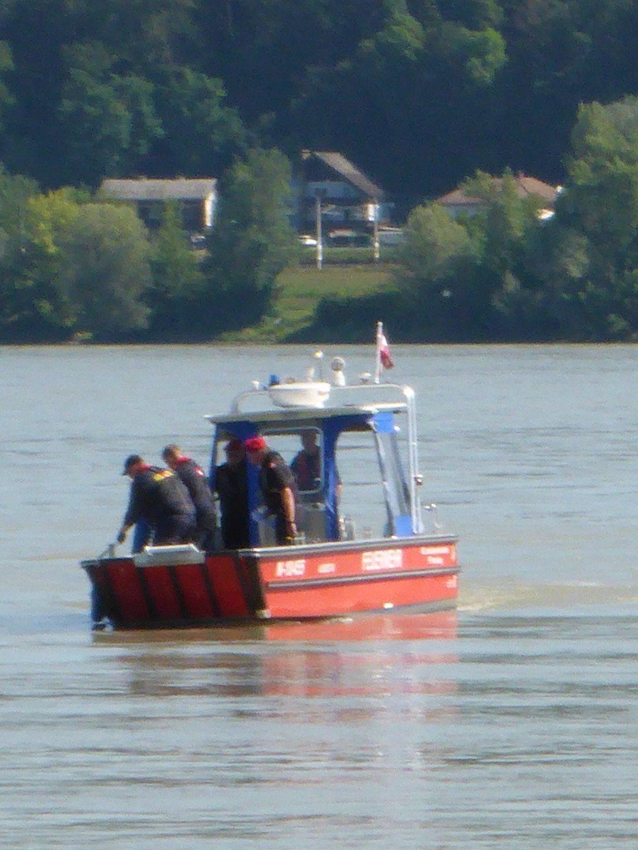 Ausbildungsprüfung-Feuerwehrboote-in-Bronze-47-Groß