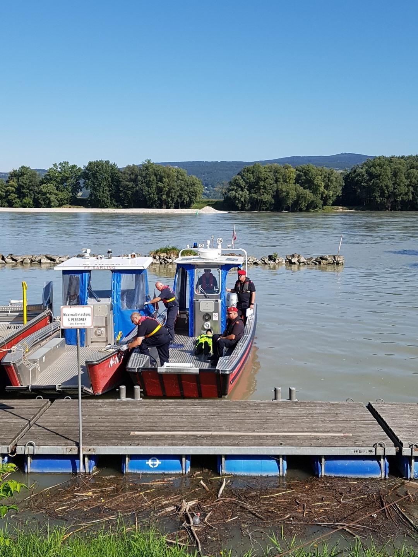 Ausbildungsprüfung-Feuerwehrboote-in-Bronze-8-Groß