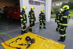 Gruppenuebungen-Hydraulischer-Rettungssatz-KW-18-6