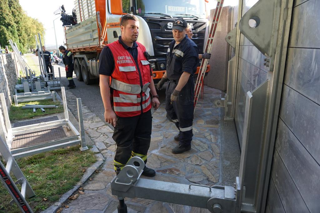 2017.09.29-30 Vollaufbau Hochwasserschutz (12a)