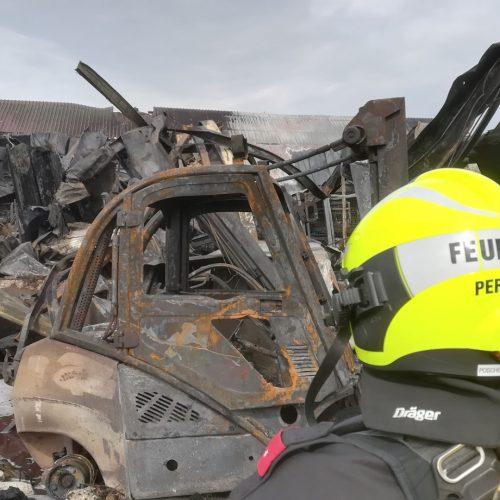 Unterstützung bei Großbrand in Neumarkt