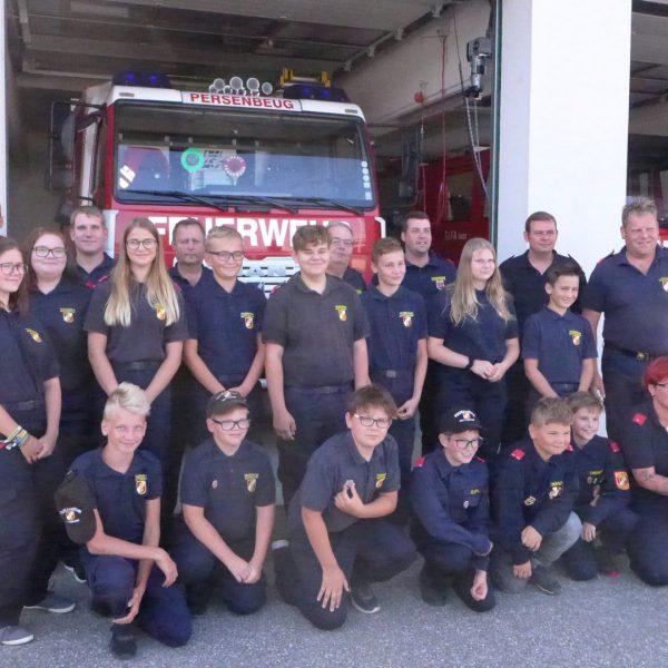 Abzeichenübergabe der Feuerwehr Jugend